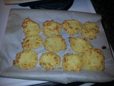 Red Lobster Cheddar Bay KETO Biscuits