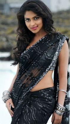Amala-Paul In Black Saree Looking Glamorous - MumbaiRock Beautiful Girl Indian, Beautiful Girl Image, Beautiful Saree, Beautiful Women, Beautiful Images, Beautiful Models, Indian Actress Hot Pics, Indian Actresses, Amala Paul Hot