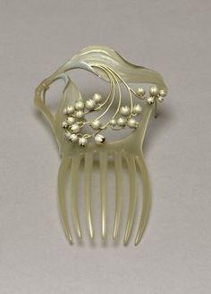 René Lalique pearl comb