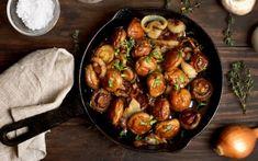 Μανιτάρια τηγανητά Greek Dishes, Kung Pao Chicken, Vegetable Recipes, Chicken Wings, Sprouts, Shrimp, Buffet, Meat, Vegetables