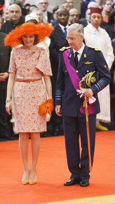Queen Mathilde is wearing a Natan-dress and a Fabienne Delvigne hat