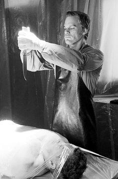 "14 Bloodthirsty Secrets From The ""Dexter"" Set"