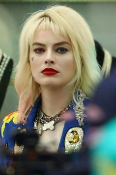 New Harley Quinn Bird of Prey Full Lace Short Wigs, Cosplay Full Lace Front Wigs, 14 in cm), Heat Resistant Der Joker, Joker Und Harley Quinn, Harley Quinn Cosplay, Margot Elise Robbie, Margot Robbie Harley Quinn, Margo Robbie, Harey Quinn, Full Lace Front Wigs, New Harley