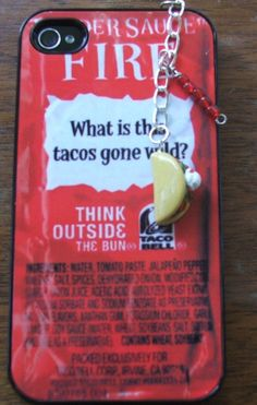 A Taco Bell hot sauce phone case with a taco dust plug. Ipod 5 Cases, Cool Iphone Cases, Cool Cases, Cute Phone Cases, Phone Accesories, Phone Decals, All Iphones, Dust Plug, Plugs