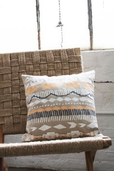 like this a lot!  Gorgeous cushion from Leah Duncan