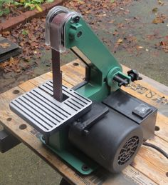 A Good Tool Review For Woodworkers Harbor Freight 1 Inch Belt Sander Diy