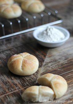 Mis recetas favoritas: Panecillos Broetchen Pan Bread, Bread Baking, Bread Machine Recipes, Bread Recipes, Food N, Food And Drink, My Recipes, Cooking Recipes, Sandwiches For Lunch