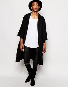 """Kimono by ASOS Soft-touch jersey Open front Wide, cropped sleeves Regular fit - true to size Machine wash 100% Viscose Our model wears a size Medium and is 188cm/6'2"""" tall"""