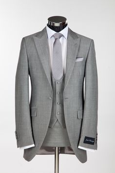 Mens Slim Fit Wedding Suit to Hire