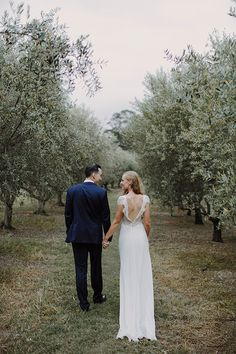 Mira Mandic bride - Ivy gown