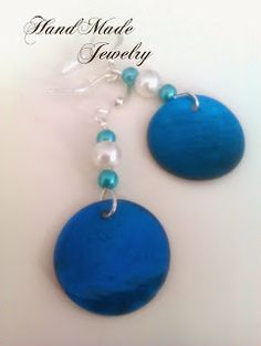 Pendientes con Cuentas Circulares de Concha y perlas / Round Shell Beads with pearls Earrings 4.00   https://www.facebook.com/HandMade.Hecho...