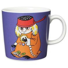 Moomin mugs and home decor items - Buy online from Finnish Design Shop. Large selection of authentic Moomin products! Moomin Shop, Moomin Mugs, Tove Jansson, Cool Mugs, Marimekko, Ceramic Cups, Mug Designs, Finland, Coffee Mugs