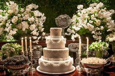 Decoração de casamento em branco e verde