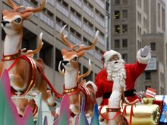 Remember the days of being a kid and waiting for Santa Claus to cross the finish line?! Are you going to the Santa Claus Parade? #Sundayfunday #santaclausparade #fun #family #loveit #like #curious #questionoftheday #answer #Toronto #tradition #holiday