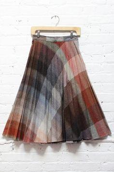 It Was All A Blur Plaid Pleat Skirt S