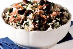 Fazole s rýží Acai Bowl, Cereal, Grains, Breakfast, Recipes, Food, Rice, Acai Berry Bowl, Morning Coffee