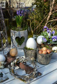 Hof 9: es wird Ostern im Garten....