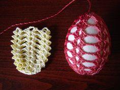 Crochet for Easter: nice and easy free pattern Crochet Christmas Ornaments, Holiday Crochet, Crochet Diagram, Filet Crochet, Sunburst Granny Square, Easter Crochet Patterns, Egg Decorating, Thread Crochet, Yarn Crafts