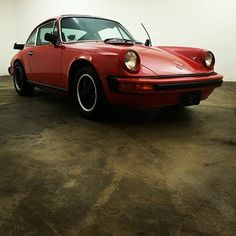 1975 Porsche 911S Sunroof Coupe! Matching numbers. Comes with a certificate of authenticity.