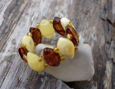 Pulsera de #Ambar. Ven a los talleres #Handmade de #Expominer2015 y aprende a hacerte pulseras de #minerales como ésta :)