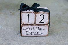 Weeks til I'm a grandma wooden block van KellieAnnCreations op Etsy