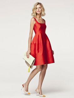 Empieza la temporada de bodas: vestidos cortos para bodas de mañana Carolina Herrera