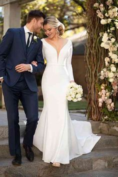 Wedding Dress by Essense of Australia - Search our photo gallery for pictures of wedding dresses by Essense of Australia. Find the perfect dress with recent Essense of Australia photos. Retro Wedding Hair, Elegant Wedding Hair, Classic Wedding Dress, Fall Wedding Dresses, Wedding Gowns, Civil Wedding, Casual Wedding, Boho Wedding, Rustic Wedding