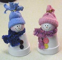 Clay Pot Snowmen Christmas crafts..could also convert theme to LSU for Rach.