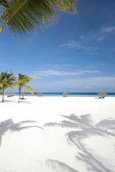 Moofushi, Maldives via Tempo da Delicadeza #MaldivesPins