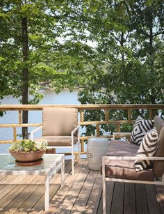 InGoodTaste: Bear-Hill Interiors - Design Chic #Homes #HomeDecorating #Porches