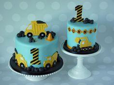 Truck Birthday Cakes, Truck Cakes, 1st Birthday Cake Smash, Construction Theme Cake, Construction Birthday, Excavator Cake, Digger Cake, Toddler Birthday Cakes, Mickey Y Minnie
