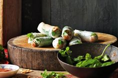 Vietnamese rolls are the perfect party starter, especially when your friends roll their own. Asian Recipes, Healthy Recipes, Ethnic Recipes, Asian Foods, Free Recipes, Healthy Food, Chicken Rice Paper Rolls, Hoisin Chicken, Roast Chicken