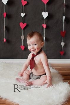We've rounded up 7 adorable baby photo ideas for Valentine's Day, plus sweet Valentine's Day outfits for baby at our sponsor babyGap. day photoshoot jewelry 7 adorable baby photo ideas for Valentine's Day - Cool Mom Picks Valentine Mini Session, Valentine Picture, Valentines Day Baby, Valentines Day Pictures, Valentine Photos, Valentine Hearts, Newborn Pictures, Baby Pictures, Book Bebe