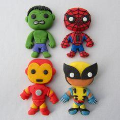 Fondant Marvel Superheroes: 5 Steps (with Pictures) Marvel Avengers, Marvel Cake, Marvel Comics, Fondant Toppers, Fondant Cakes, Cupcake Cakes, Mini Cakes, Fondant Figures, Batman