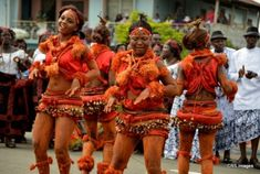 Nigerian tribes and their rich culture Informations About Ten Beautiful Places You Must Visit in Nig African Men Fashion, African Beauty, African Art, Nigerian Culture, African Culture, Nigerian Tribes, Africa Tribes, West African Food, Africa People