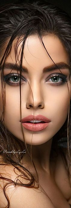beautiful lips place for all your cloud needs: Basic Plan off with codes Business Plan # Stunning Eyes, Beautiful Lips, Most Beautiful, Beautiful Women, Gorgeous Makeup, Portrait Photos, Portrait Photography, Girl Face, Woman Face