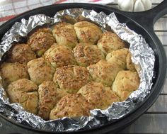 Pepper Bowl: Easy Garlic n Thyme Pull Apart Bread with NO cheese