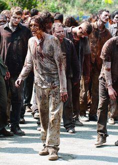 http://the-walking-dead-art.tumblr.com/post/96836176490/156-190-zombie-countdown-until-season-5