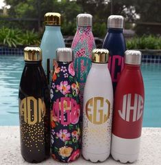 20 Monogrammed Things You Need From Etsy These monogrammed stainless steel water bottles are so cute! Cute Water Bottles, Plastic Bottles, Drink Bottles, Just In Case, Just For You, Swell Bottle, Cute Cups, Stainless Steel Water Bottle, Vinyl Projects