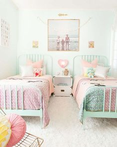 10 Shared Kids' Bedrooms Your Little Ones Will Love - - Find small space solutions and decorating ideas for shared kids' bedrooms, from pretty pastels to bright patterns and more. Big Girl Bedrooms, Shared Bedrooms, Small Room Bedroom, Little Girl Rooms, Girls Bedroom, Bedroom Decor, Bedroom Ideas, Spare Room, Bedroom Mint