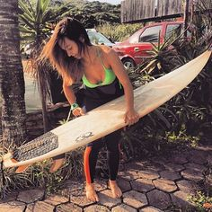 Surf lesson with a hot woman causes confusion between couples Surf Girls, Beach Girls, Kitesurfing, Surf N Turf, Surf Trip, Local Girls, Big Waves, Surfs Up, Instagram
