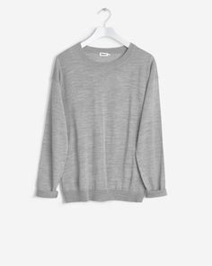 Our essential pullover is made from mulesing free merino wool. It has dropped shoulders and a leisurely fit for an effortless and long-lasting everyday look.<br><br> • 100% wool<br> • Loose fit<br> • Mulesing free Merino<br> <br>The model is 176cm
