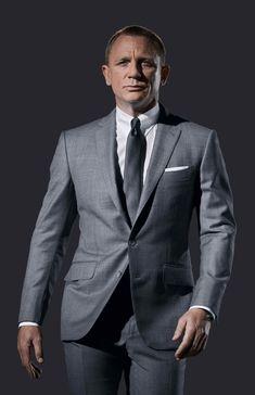 Daniel Craig suit.