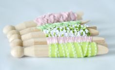 https://flic.kr/p/bwchAz | Ribbon wrapped dolly pegs | Blogged at Torie…