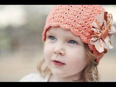 Crochet Little Sister Hat pattern Crochet Toddler, Crochet Baby Hats, Crochet Beanie, Cute Crochet, Crochet For Kids, Crochet Crafts, Crochet Projects, Crocheted Hats, Beautiful Crochet