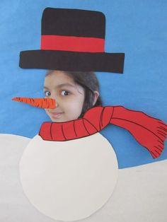 Tapa álbum escolar invierno con foto alumno. Dibujo muñeco de nieve con foto
