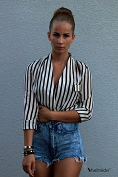 To find out about the Black Beige Vertical Stripe Stand Collar Blouse at SHEIN, part of our latest Blouses ready to shop online today! Dressy Outfits, Summer Outfits, Cute Outfits, Love Fashion, Fashion Beauty, Womens Fashion, Kawaii, Collar Blouse, Waisted Denim