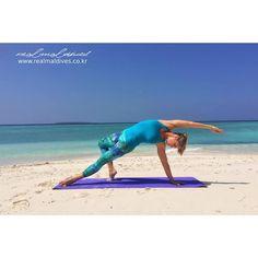 한 주의 시작, 월요일 아침입니다. 운동할 시간이 없으시다면, 가벼운 스트레칭으로 하루 시작을 해보시면 어떨까요?  오늘도 행복한 날 보내시길 바랍니다.  #goodmorning #몰디브 #몰디브여행사 #리얼몰디브
