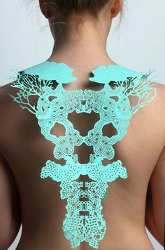 Jasmine Bowden: laser cut paper back jewellery inspired by sea forms. Paper Jewelry, Jewelry Art, Jewelry Design, Designer Jewelry, Laser Cut Paper, Laser Cut Jewelry, Lazer Cut, Paper Fashion, Back Jewelry