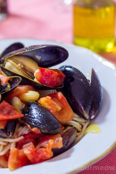 Spaghetti fagiolli e cozze Spaghetti with white beans and mussels!